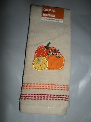 Fall Halloween Thanksgiving Embroidered Cream Leaves Tree Fingertip Towel NWT