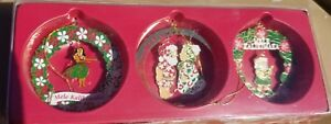 Hawaiian-Festive-Holiday-3-Pack-Collectible-Metal-Christmas-Ornaments-Mele