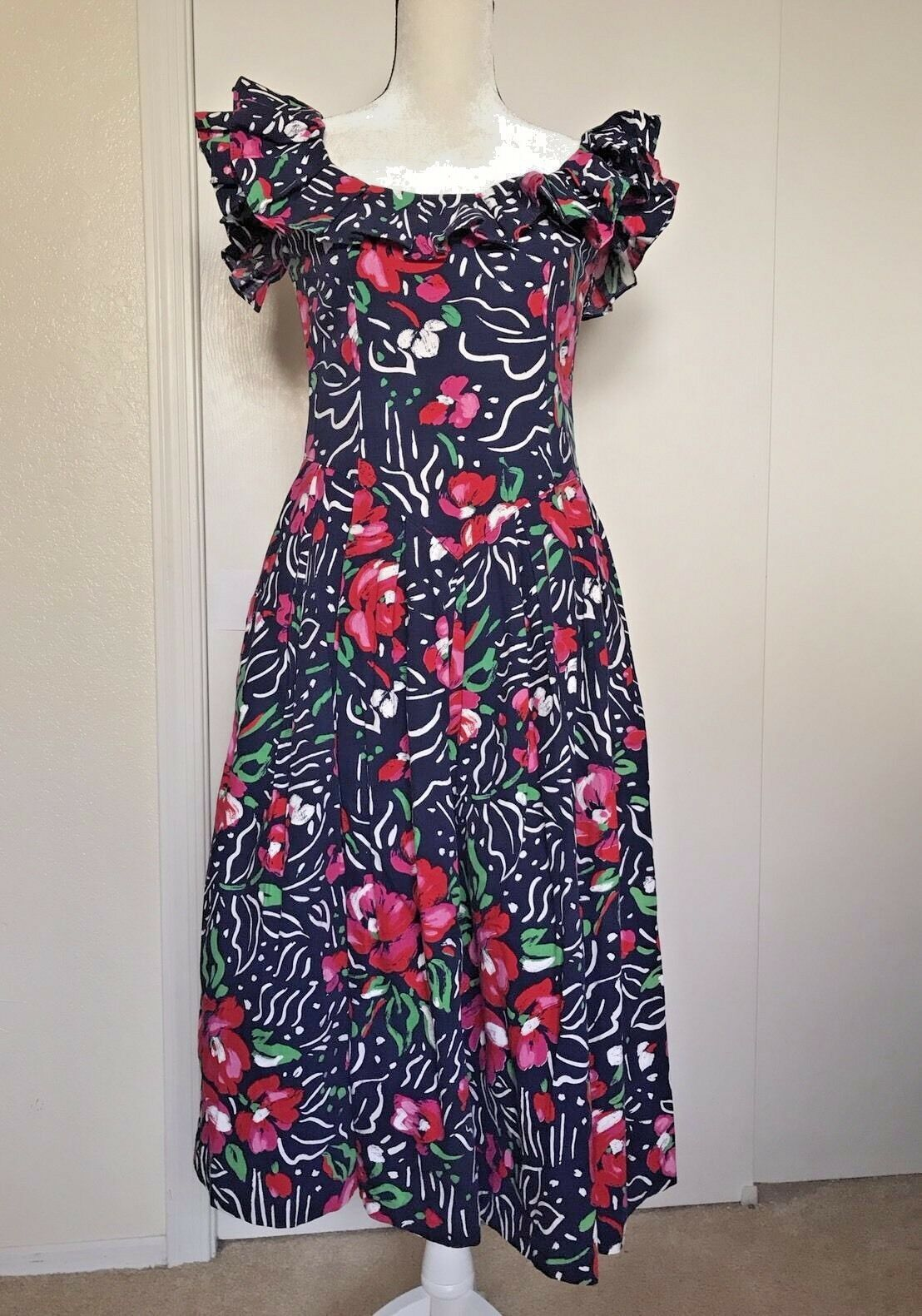Vintage Robbie Bee Ruffle Cotton Red White bluee Floral summer sun dress Sz4