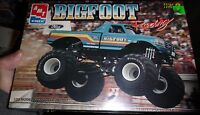 Amt Ford Bigfoot Monster Truck Pickup 8149 1/25 Model Car Mountain Kit