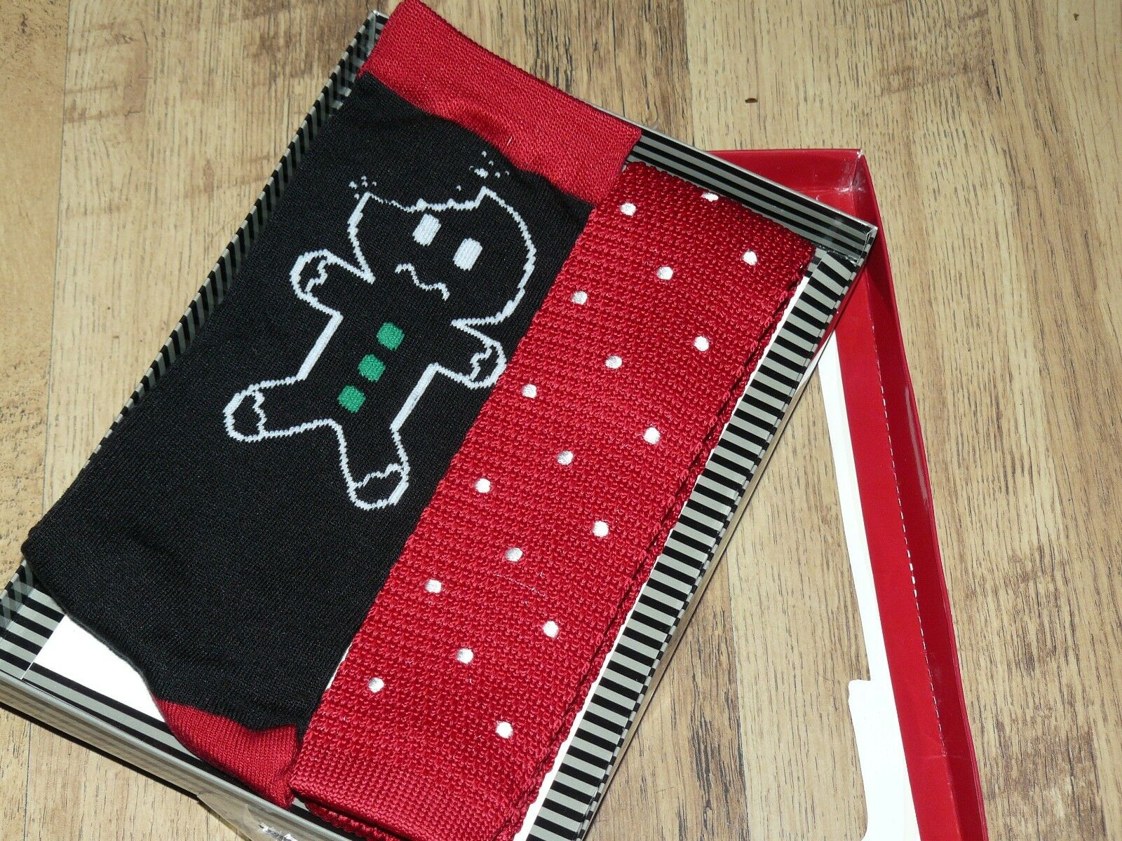 Mens Novelty Christmas Bah humbug Themed Crew Socks and Tie Set New