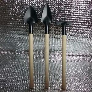 Mini-digging-tool-mattock-pick-spade-shovel-trowel-gardening-tool-loamy-soil