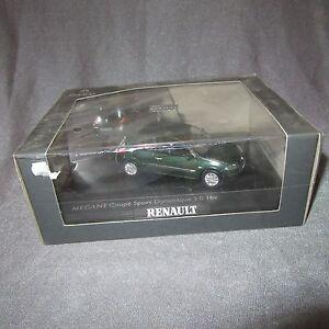 65D-Norev-Renault-Megane-Coupe-2-0-Sport-2003-1-43