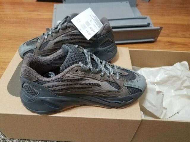 new style 851d8 cfd2c adidas Yeezy Boost 700 V2 Geode Sz 6 Grey Kanye West. 100 Authentic.