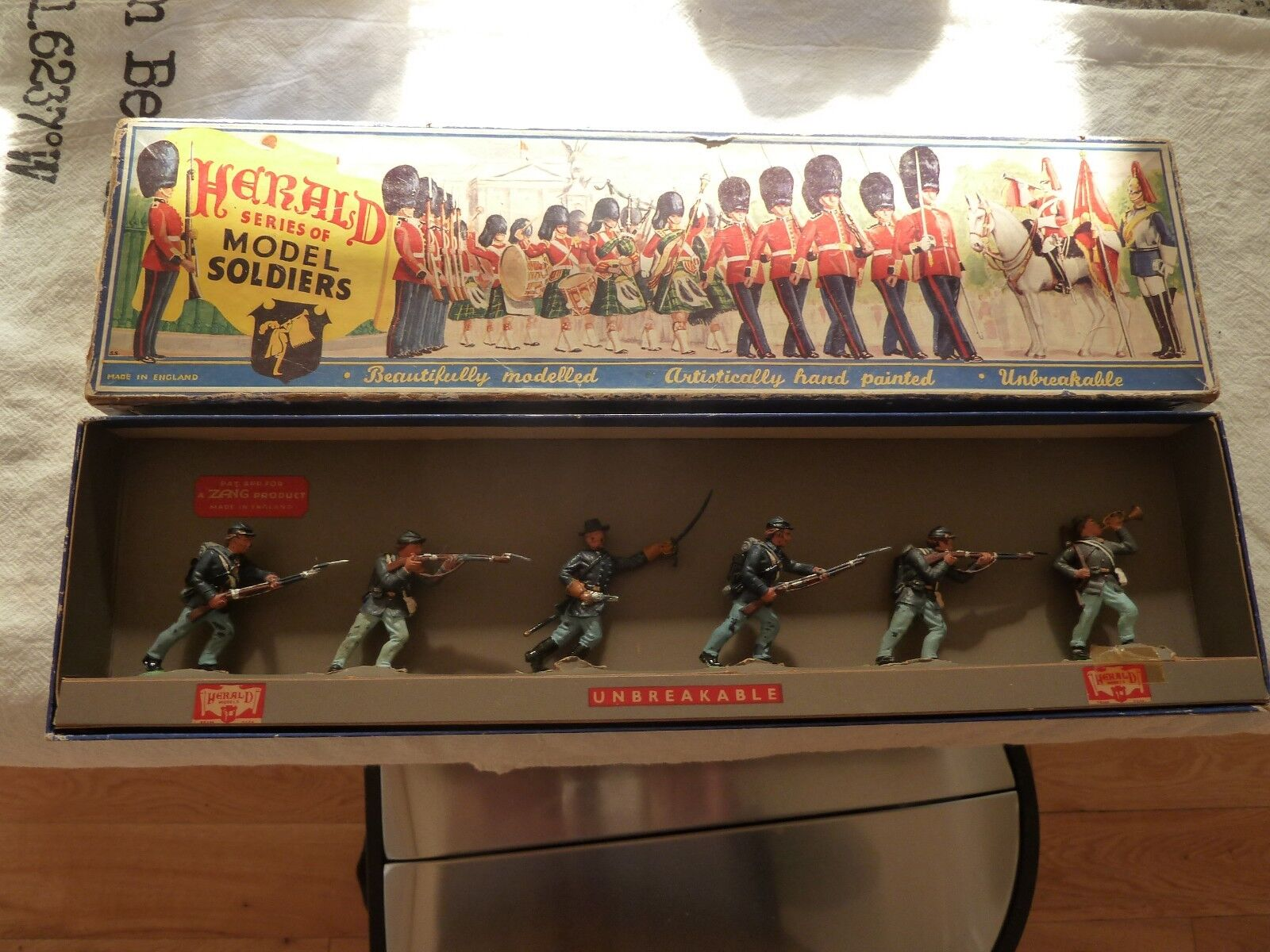 Early Herald Toy soldiers soldiers set   H 7461 Union Soldiers