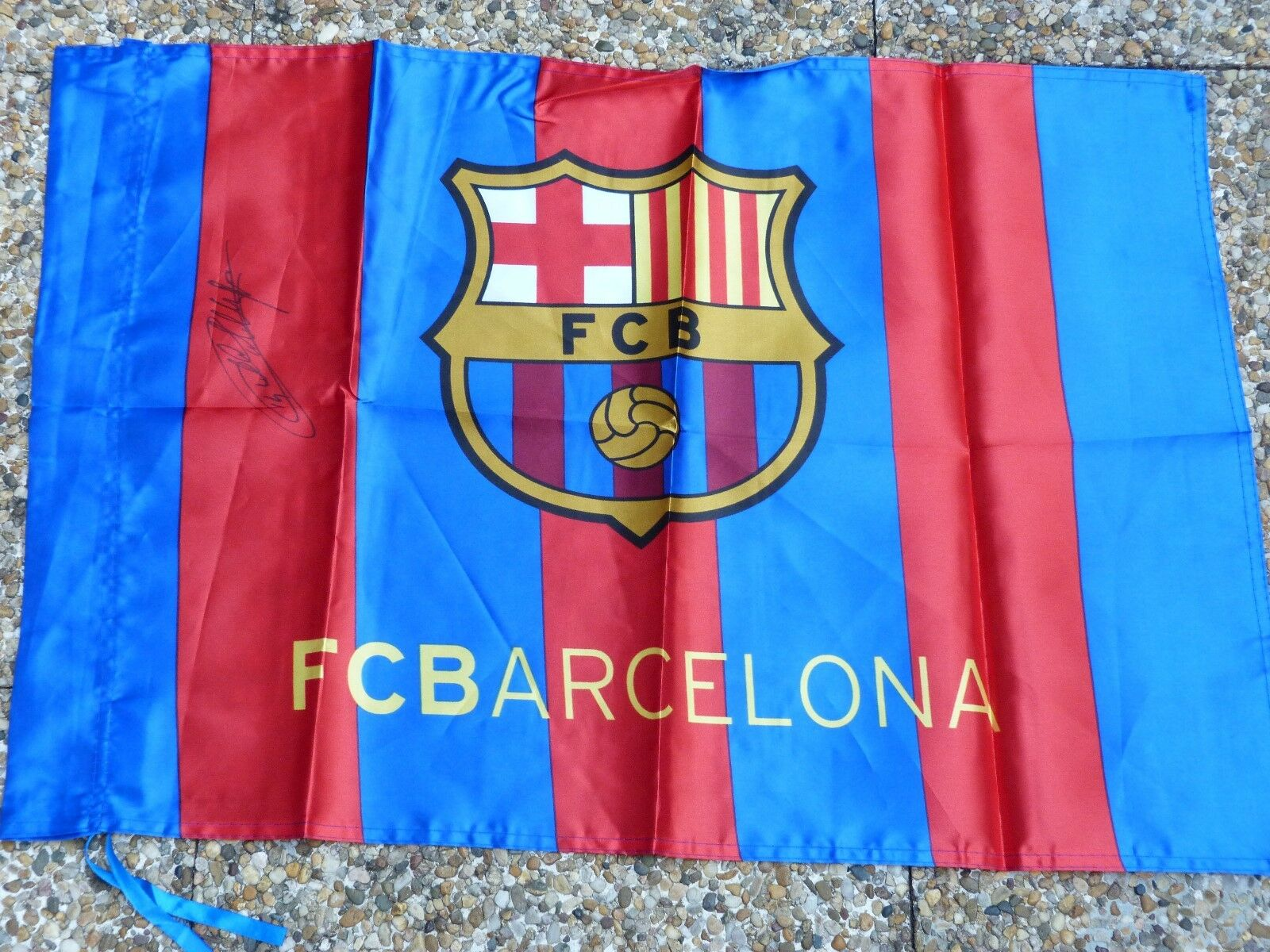 Drapeau Drapeau Drapeau flag FC BARCELONA Barca fcb signed signé THIERRY HENRY ultras foot 33ef9d
