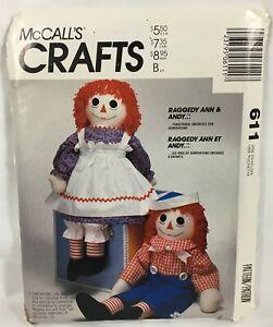 McCalls 2439 Doll Pattern Raggedy Ann /& Andy Rag Carrying Case Cloth Uncut