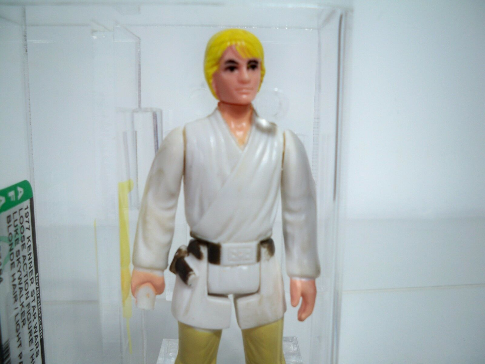 D0584371 LUKE SKYWALKER AFA 80 NM STAR WARS 1977 KENNER LIGHT PANTS BLOND HAIR