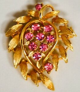 Beautiful-Vintage-Antique-Brooch-Gold-Tone-With-Stones