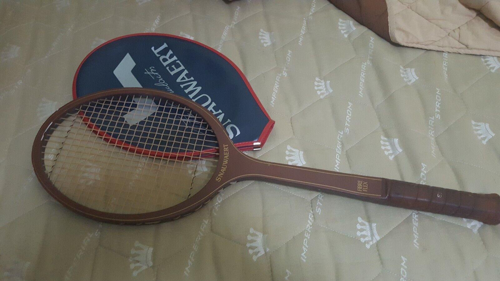 Vintage 1970's   80's Snauwaert John nouveaucombe Fibre bois Flex Tennis Racquet