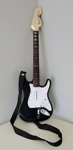 PS4 Harmonix Rock Band 4 Wireless Fender Stratocaster Guitar with Strap