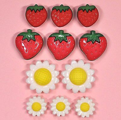 Daisy Flowers Easter Fruit Dress it Up Buttons Fresh Strawberries 9389