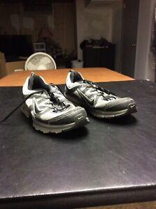 95f2d7f080042 Mens Nike Air Alvord 9 Running Trail Grey Black Size 12 (443841-001 ...