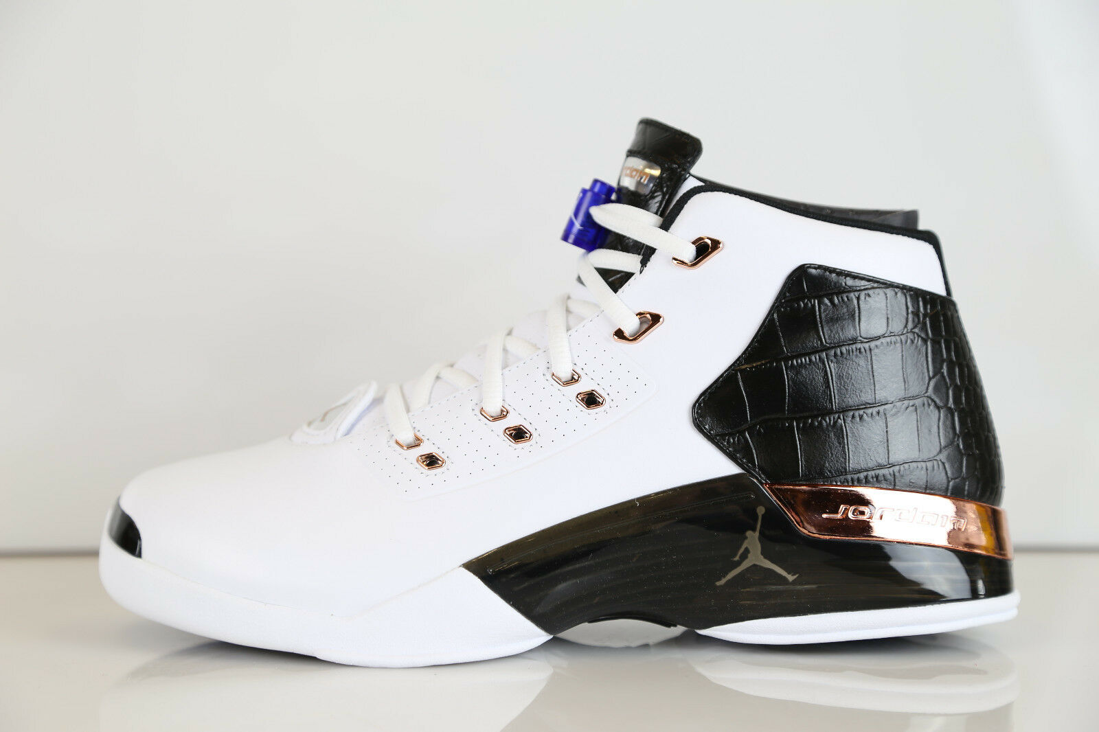 Air Jordan Retro 17 + Copper  832816-122 7.5-12 white black 11 1