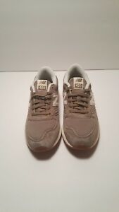 info for 2c45f 97a24 Image is loading NEW-Women-039-s-New-Balance-420-Re-