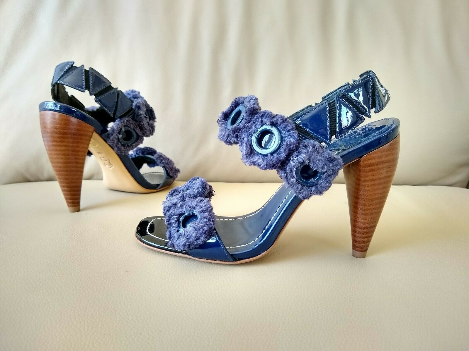 375 Tory Burch Freya Eyelet Slingback Patent Leather bluee Sandal Sz 6