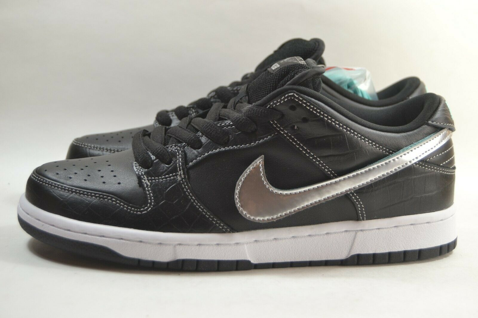 New Mens Nike SB Diamond Dunk Low QS DS Black Diamond BV1310 001