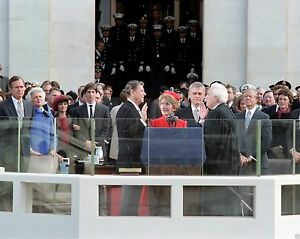 Swearing-in-of-President-Ronald-Reagan-on-1981-Inauguration-Day-8x10-Photo