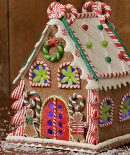 Gingerbread Candy Christmas House w gingerbread men clay dough  NEW hd7L8508