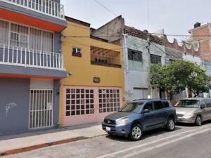 Casa - Barrio Santiago