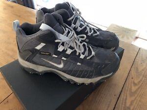 ba22b24991c5cb Nike ACG Gore Tex XCR Hiking Boots Womens US 7 EU 38 Waterproof