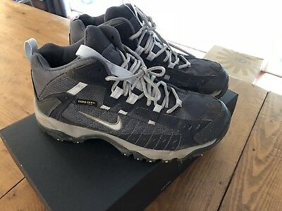 Vintage Nike Gore Tex Waterproof Hiking Shoes Women's 7.5 gray camping outdoors