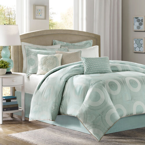 BEAUTIFUL 7 PC OCEAN BLUE GREEN SEA WHITE MEDALLION MODERN CHIC COMFORTER SET