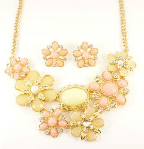Gold Pink Beige Floral Daisy Crystal Matching Necklace Earrings Jewellery Set