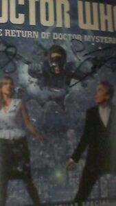 Doctor-Who-The-Return-of-Doctor-Mysterio-signed-autograph-Matt-Lucas-amp-Capaldi