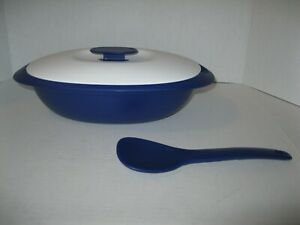 Tupperware 7.5 Cup Rice Server with Spoon Blue