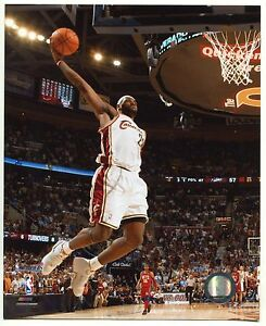 new style 253f5 35bd8 Details about LeBron James 2007 Official NBA Licensed 8x10 Photograph White  Jersey (Cavaliers)