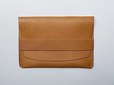 NEW Kendal & Hyde iPad Leather Sleeve - NATURAL