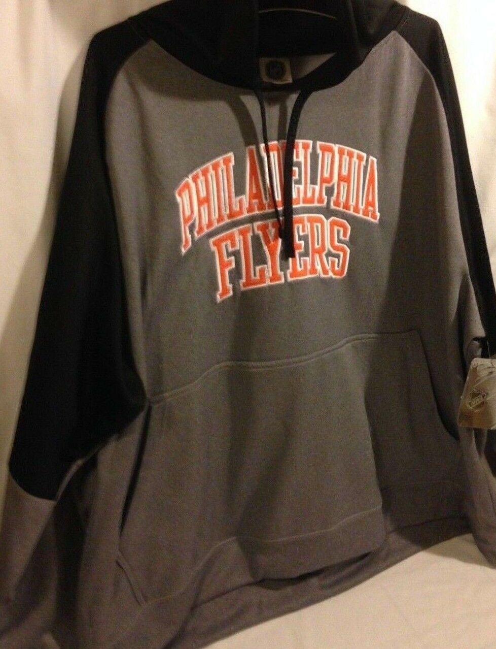 Philadelphia Flyers Men's Hoodie 4XL New w Tags NHL 100% Polyester Sharp