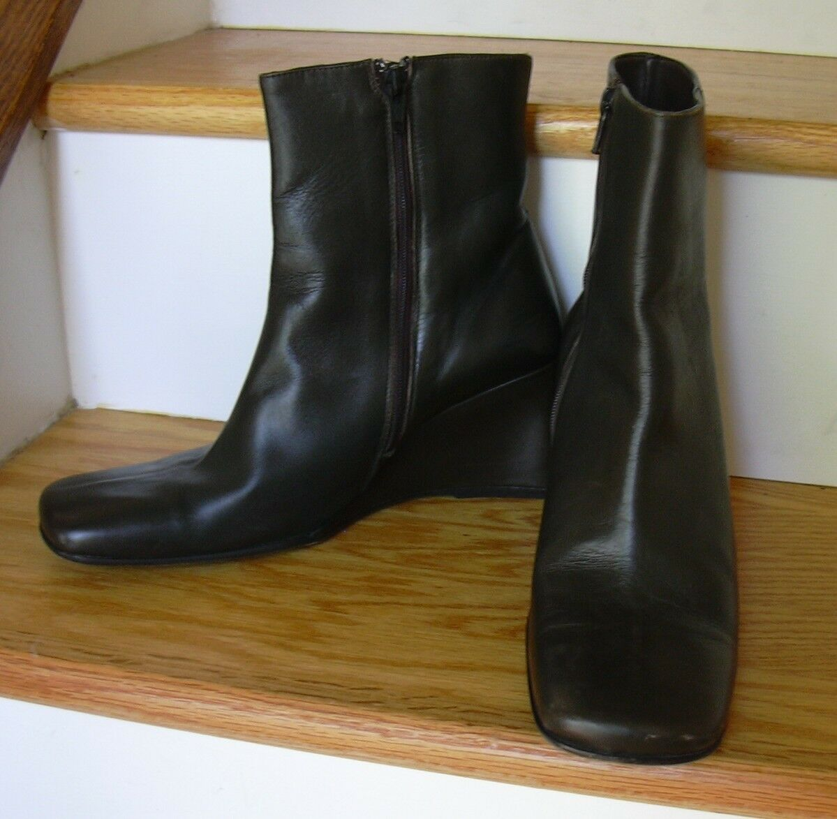 Banana Republic Dark Green Leather Ankle Boots Womens 8.5 Wedge Heels 3
