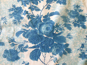 Vintage-Mid-Century-French-Roses-Floral-Furnishings-Fabric-Lovely-Blue