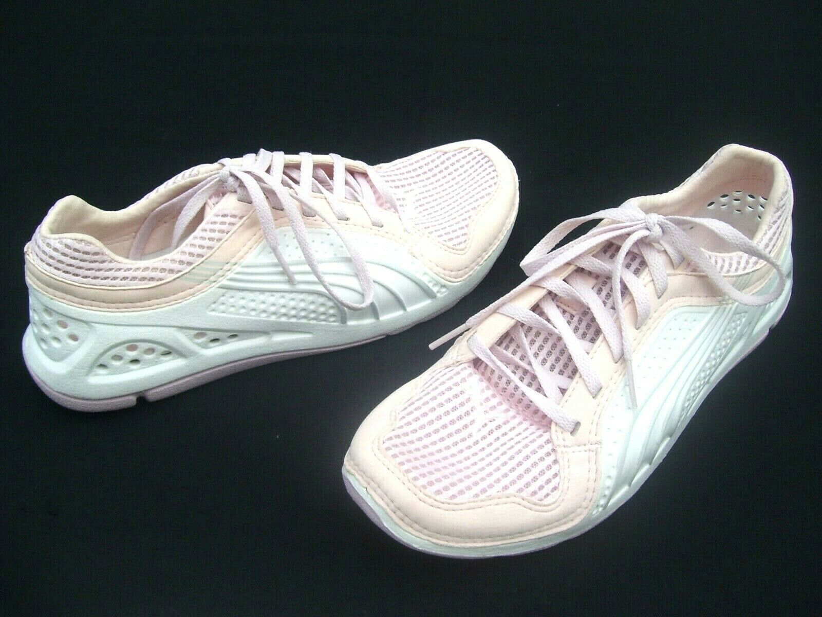 PUMA femmes RUNNING TRAINERS LADIES CASUAL blanc chaussures L.I.F.T LIFT RACER Taille 9