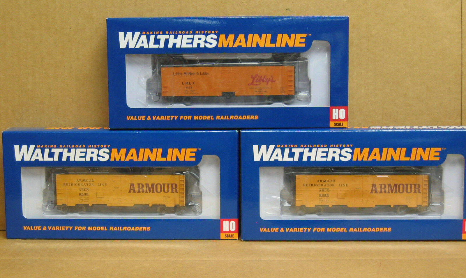 Walthers Mainline HO 3 40' Reefers, 2 Armour  same number , 1 Libbys DB Sheathed