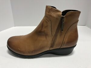 Propet-Waverly-Brown-Tan-Leather-Zip-Up-Booties-Boots-Wo-s-Size-9-5-Extra-Wide