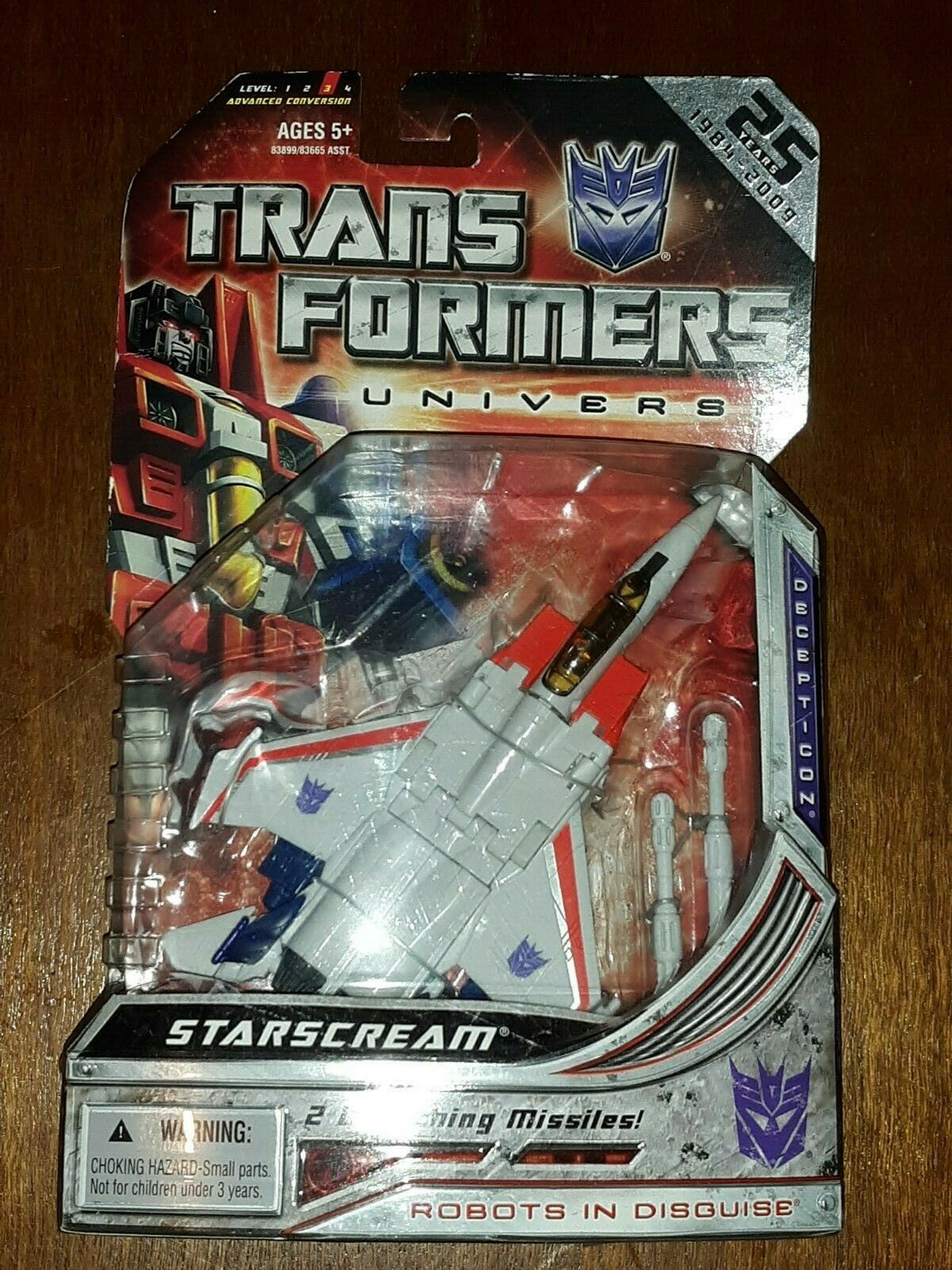 TRANSFORMERS  STARSCREAM UNIVERSE GENERATION 1 SERIES - New, in USA