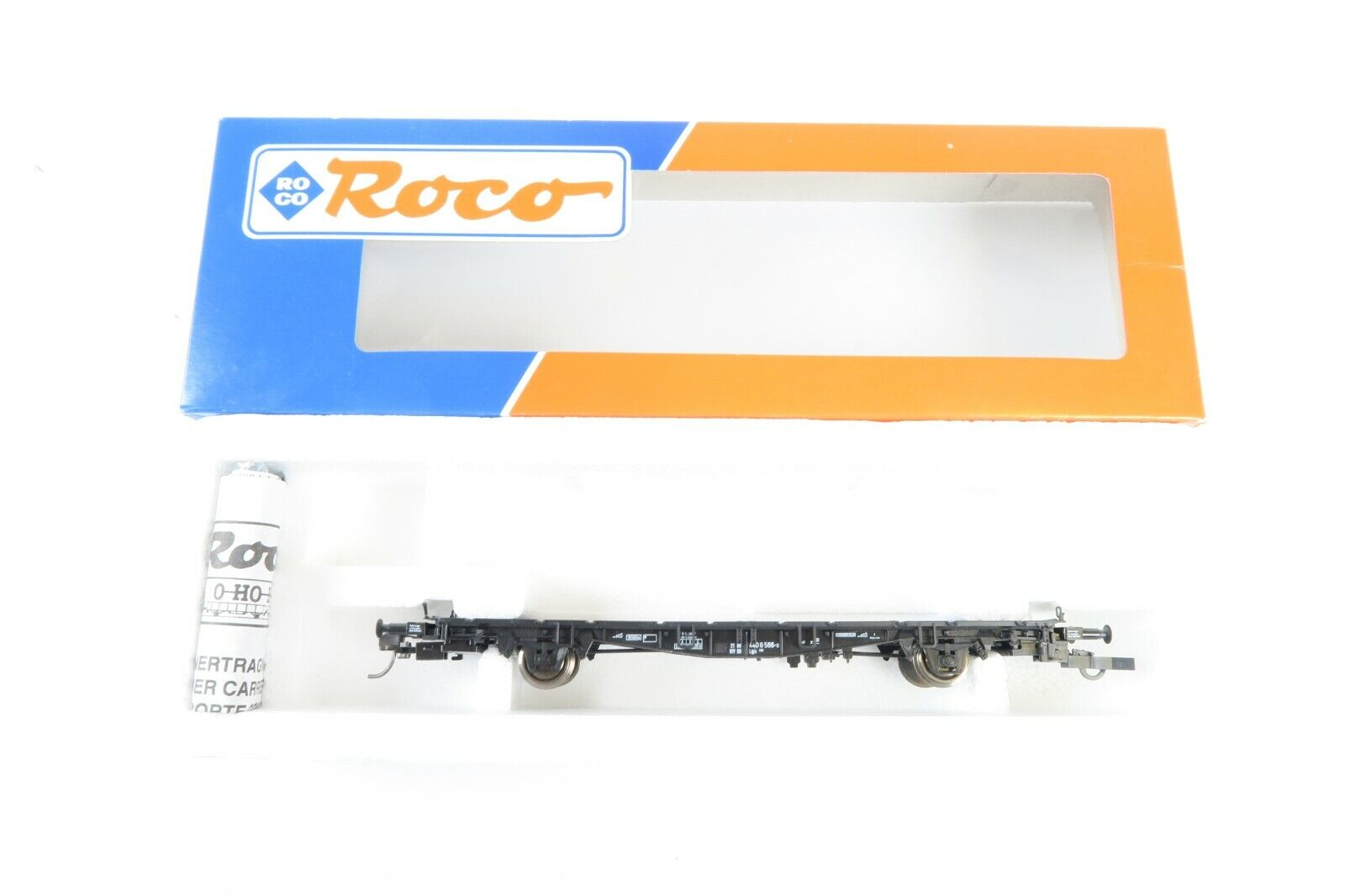 ROCO HO GAUGE RAKE OF 14 46110 CONTAINER autoRYING WAGONS