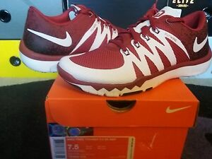 d75704cacf98 ... 5.0 V6 Amp Flywire- Oklahoma Sooners OU -723939-610 Image is loading  Nike-Air-Free-Trainer-5-0-V6 ...