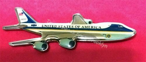 AIR FORCE ONE PLANE VINTAGE PIN ***STILL FLYING!!***