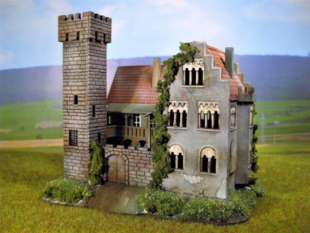 Burg, Schloss Faller, Spur N, AMS auch Hintergrund für H0