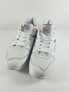 Reebok Classic Mens Size 9.5 All White Sneaker United Kingdom Flag