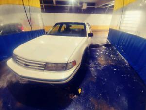 LOW KM's 1992 Chevy Lumina Sedan