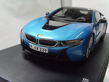 BMW i8 miniature 1:18 scale Protonic Blue 80432336840 die cast model
