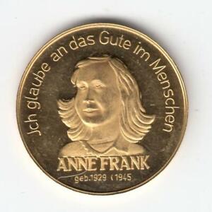 Holocaust-Memorial-Anne-Frank-Gold-Medal-26mm-7-78gr-Gold-900-Olive-Wood-Box