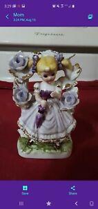 Vintage-Porcelain-Figurine