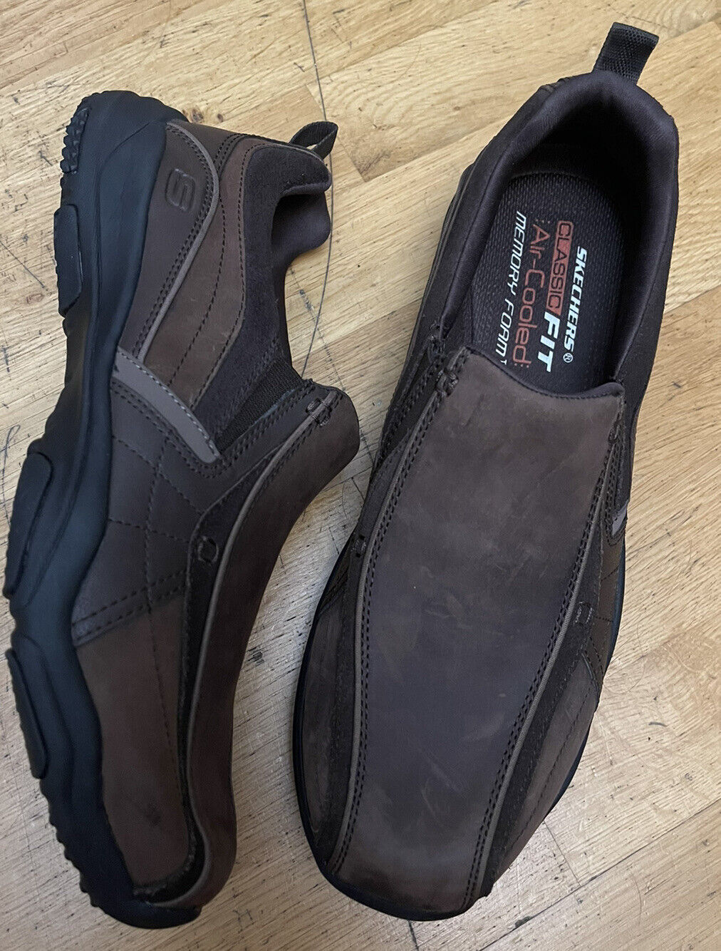 New Skechers ODD SIZE Loafer Slip Leather Trainers Different Feet Shoes L10 R9