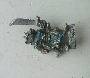 Classic-Skaven-clanrat-x-1-metal-model-unpainted-Scarce-AOS-Rare-OOP